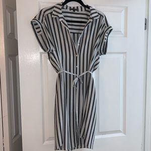 {EXPRESS} Black&White Button Down Dress Size L!